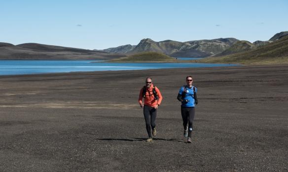 Alveg að lenda í bílnum eftir 24km