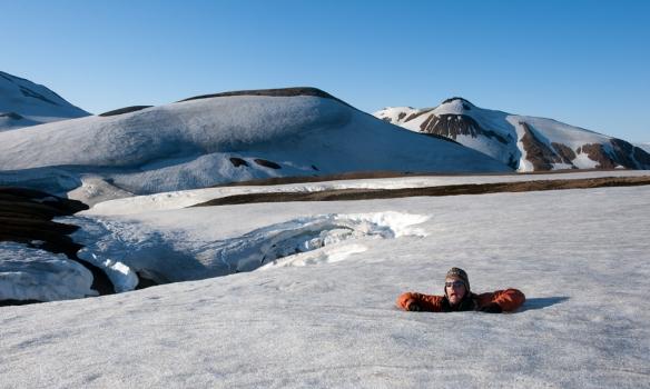 Einar í snjóholu