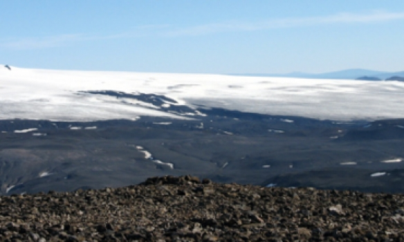 Smá panorama mynd tekin af Loðmundi yfir Hofsjökul, þarna sjást Hágöngurnar á jöklkinum.