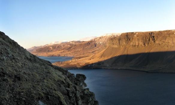 Horft út í Hvalfjörðinn frá Rísanda.