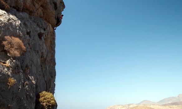 Á öðrum degi klifruðum við í Kasteli, hér er Gummi að klifra Pillar of the sea (6a+) sem við náðum ekki að klára árið 2007.
