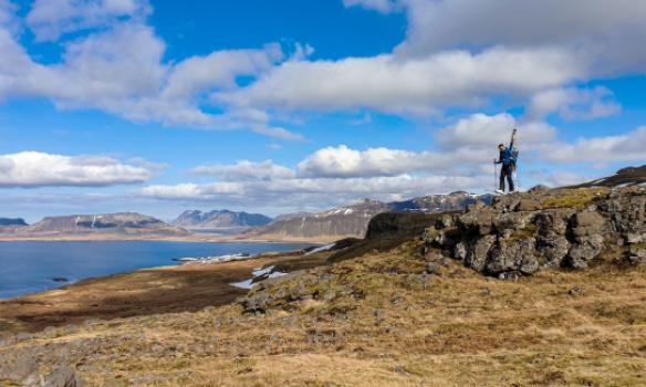 Gengið niður, Grundafjörður í baksýn