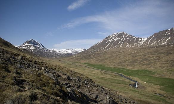 Horft inn Hörgárdalinn, frábært veður, frábært útsýni og frábær staður!