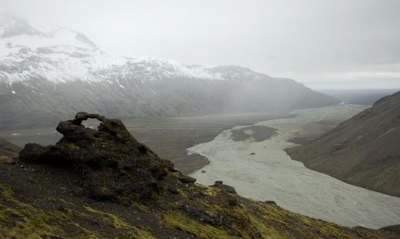 Svo var þokan farin að læðast upp dalinn í dagslok. Við vorum svo komnir alveg til baka um kl. 22 eftir langan dag.
