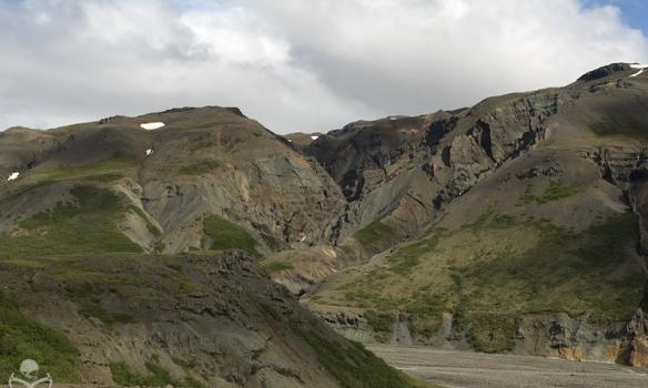 """Merktar gönguleiðir eru um svæðið og milli skála, en hægt er að fara í lengri göngur og gista í skálunum. Spurning hvort hér verði hinn nýji """"Laugavegur""""?"""