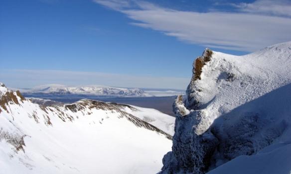 Hér sést innað Þórisjökli, og vinstra megin við hann sést í Geitlandsjökul.