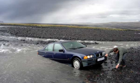 BMW 318 river rafting edtion.