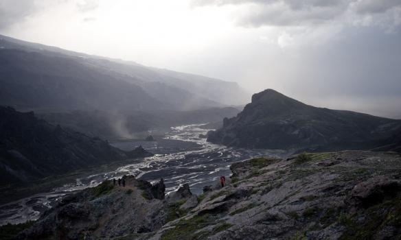Annað sjónarhorn á Valahnúk.